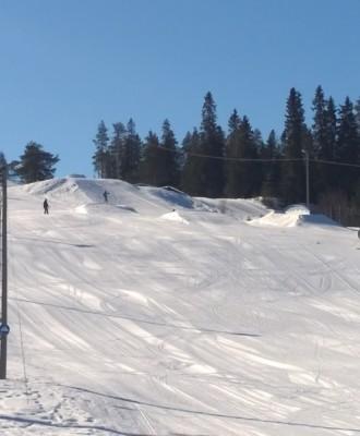 kallinkangas 330x400 - Kallin hiihtokeskus