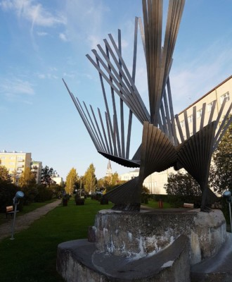 patsas 330x400 - Pieni patsaskierros Kemin keskustassa