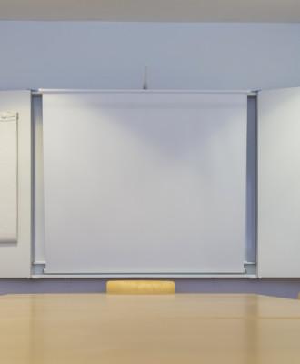 017 330x400 - Kulttuurikeskus - Kokoustilat