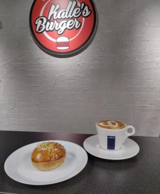 kallesburgercorona aspect ratio 33x40 330x400 - Kalle's Burger Corona