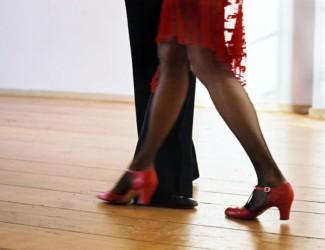 tango 1185444 325x250 - Tanssit Scandic Kemi